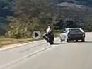 Horror: Zu schnell, Linksabbieger, Auto gestreift, Kombi braun - geiler Save - Schutzengel