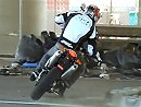 Husqvarna SMS630: Nothing's Black or White: Urban Supermoto - Cooles Video!