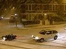 Motorroller Crash - Ist die Straße tief verschneit, ist der Winter nicht mehr weit.