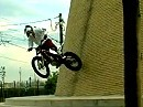 Julien Dupont illegal Performance - unglaublich wie der Junge die Schwerkraft überlistet.