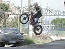 Julien Dupont in Rio, Favela Vidigal - wie immer fast ohne Schwerkraft!