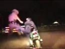 Karate Polizeikontrolle: Gezielter Fußtritt sind arg rauhe Sitten