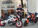Kaufberatung / Vergleichstest Aprilia Tuono vs. KTM Superduke by ChainBrothers