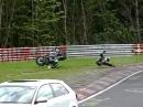 Kawa Crash Nürburgring - Überbremst, aufstehen und kämpfen ...