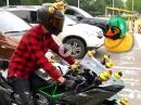 Kawa Ninja H2 mit Propeller Enten. Kann man so machen ...