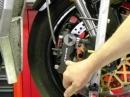 Kawasaki ZX 10R mit TOKICO Bremssattel vorn