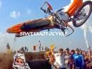 Kommt ne KTM geflogen! Abartiger Crash | Red Bull 111 Megawatt
