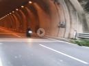 Kompressor-Symphonie: Kawasaki H2 Tunnel Konzert