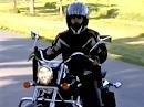 Lady fährt Motorrad - der Traum von der Freiheit auf zwei Rädern