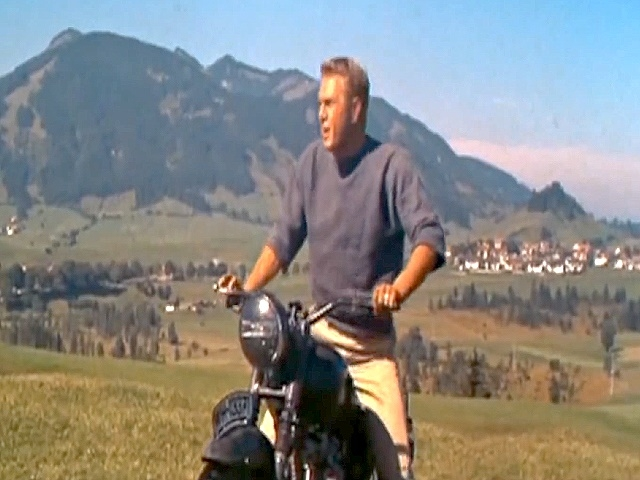 legend r steve mcqueen in the great escape. Black Bedroom Furniture Sets. Home Design Ideas