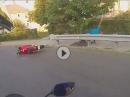 Leitplanken Crash, weils Motorrad Gas gegeben hat - einfach so