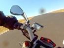 """Lenkerschlagen die Ducati """"keilt"""" aus - Crash"""