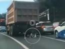 LKW Crash. Überrollt, Schlüpper voll, aber nichts passiert! Schutzengel