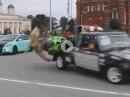 Mädel, Motorrad, Transporter, Kurve, Crash - Dümmer geht nümmer