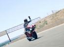 Marc Marquez trifft Honda RC213V-S