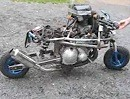 Minibike nicht hübsch aber mit 600ccm Suzuki-Motor nicht untermotorisiert