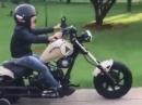 Minirocker auf Mini Harley - Klein aber schon cool