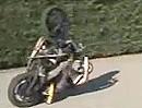 Mörder Motorrad Wheelie - Bissi mit der Physik gespielt