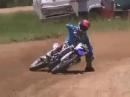 Motocross Abflug: drift, driften, quer, querer am quersten und päng