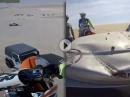 Motocross Crash: Dünen, Sprung, Jeep, Einschlag - Motorhaube verkratzt