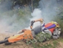 Motocross Crash - Ist der Gaszug erst verklemmt dreht der Eimer  ungehemmt.