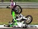 Motocross Freestyle Horror Crash: Schutzengel mitgeflogen: NUR Hand gebrochen, Prellungen
