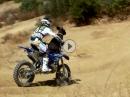 Motocross Pit Bull - steht auf Big Jumps. Fake?!