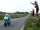 """MotoGP Suzuki artgerecht: """"Amazingly Fast"""" Vollgas bis die Augen Wasser geben!"""