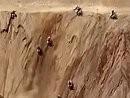 Motorcross: Der Berg ruft und alle folgen - steil, steiler, senkrecht