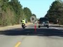 Motorrad abschleppen - zwei Spezialisten am Werk = Crash