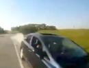 Alptraum Gegenverkehr: Motorrad Beinah Crash, brauner Kombi inclusive