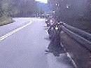 Motorrad Beinah Unfall. Sumofahrer verschätzt sich. DAS war knapp!