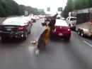 Motorrad Crash - Beide gepennt, Auffahrunfall und alle helfen :-(