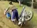 Motorrad Crash: Rahmenbruch Totalschaden Motocross Karriere beendet
