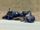 Motorrad Crash Honda CBR600RR Snake. Grund Reifenmarke: 'Arschiglatti'