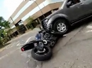 Motorrad Crash - Idiot am Steuer, ohne Chance abgeräumt - Fahrer OK