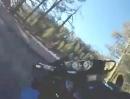 Motorrad Crash. Ist die Straße leicht vereisst, beim Zweirad meist der Grip abreißt