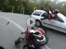 Motorrad Crash: Kurve ausgegangen, falsche Blickführung, Einschlag