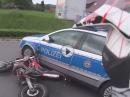 Motorrad Crash mit Polizei - Vorfahrt genommen | Schmutzfänger
