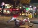 Motorrad crash: Motorrad oder Fahrer besoffen? Arsch voll - toll!
