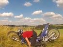 Motorrad Crash: Motorrad zerlegt sich beim Sprung - Rahmenbruch
