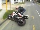 Motorrad Crash R1 Schreckbremsung mit leichtem Schürfing