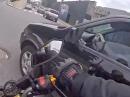 Motorrad Crash: Vorfahrt genommen! Weniger quatschen, mehr aufpassen!
