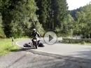Motorrad Crash: Vorne aufgemacht, hinten langemacht - Anfängerfehler