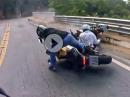 Motorrad Crash. Man fällt immer dahin, wo man hinschaut