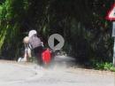 Motorrad Crash: Zu schnell, aufgemacht, Übel in die Felswand