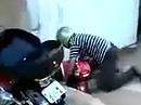 Motorrad Funny Crash - Ein Drift ist erst dann ein Drift, wenn er ganz gestanden ist