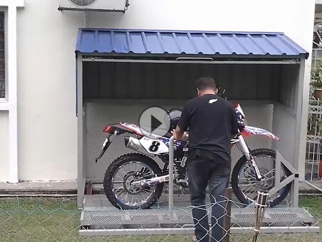 Motorrad Garage - sehr geile Idee