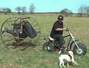 Motorrad + Hamsterrad: Wenns dem Esel zu wohl ist , geht er ins Rad ...