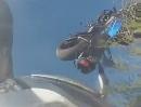 Motorrad Hardcore Crash Gixxer: Kurve ausgegangen, Schiss sehr seltsam oder?